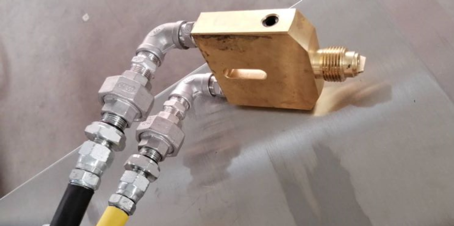 双球阀同步开合装置:专为双组分胶同步控制的原创设计